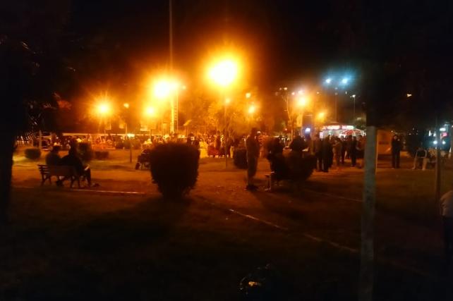 Tirana në panik  Banorët dalin në rrugë  braktisin shtëpitë
