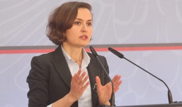 Ministrja e Arsimit e merr këtë vendim për shkollat në Shqipëri