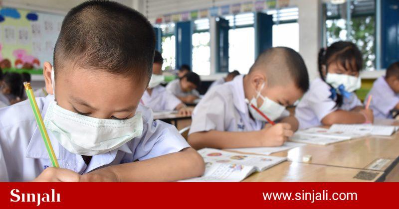 simptomat-qe-shfaqin-femijet-e-infektuar-me-virusin-covid-19-ekspertet-te-shqetesuar-per-hapjen-e-shkollave