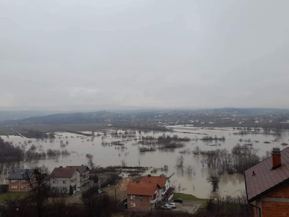 """Lumi """"Drini i Bardhë"""" në Prizren del nga shtrati"""