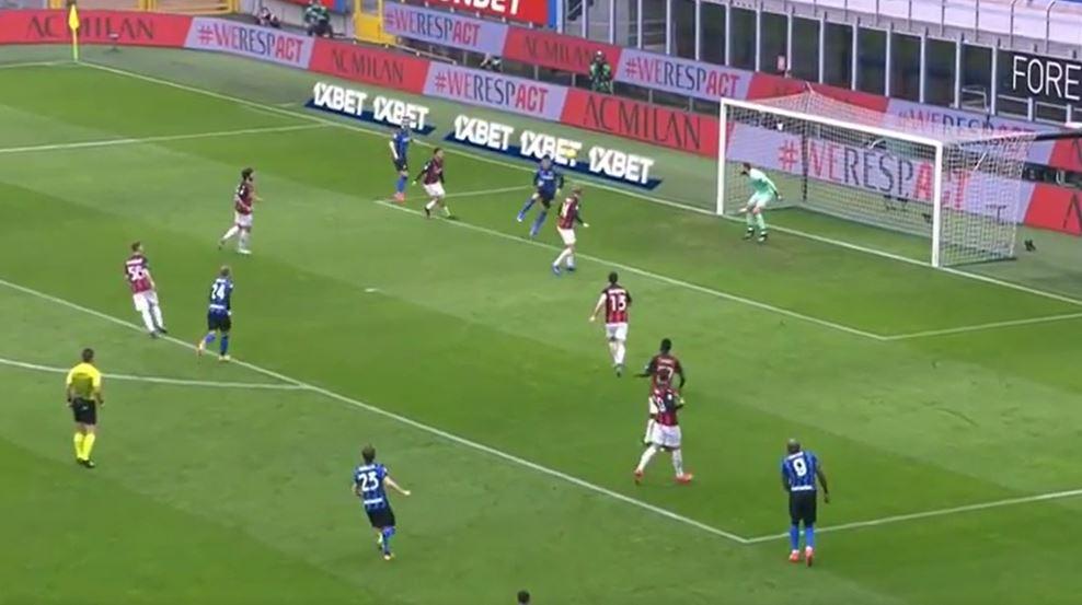 """Interi """"shkelë"""" Milanon në San Siro, mbetet lider në Serie A"""
